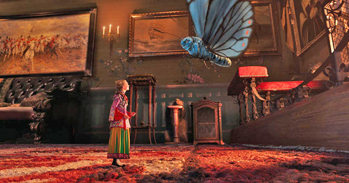 alice-through-looking-glass-theatrical-trailer.jpg