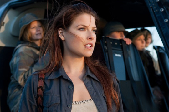 exclusive-resident-evil-afterlife-photo-gallery-20100903015321242_640w.jpg