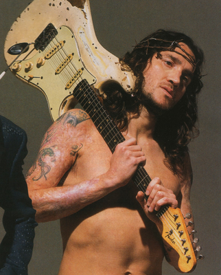 john_frusciante_arm_scars_red_hot_chili_peppers.png